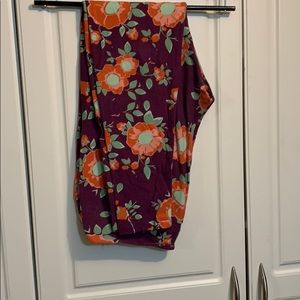 Gently used lularoe leggings